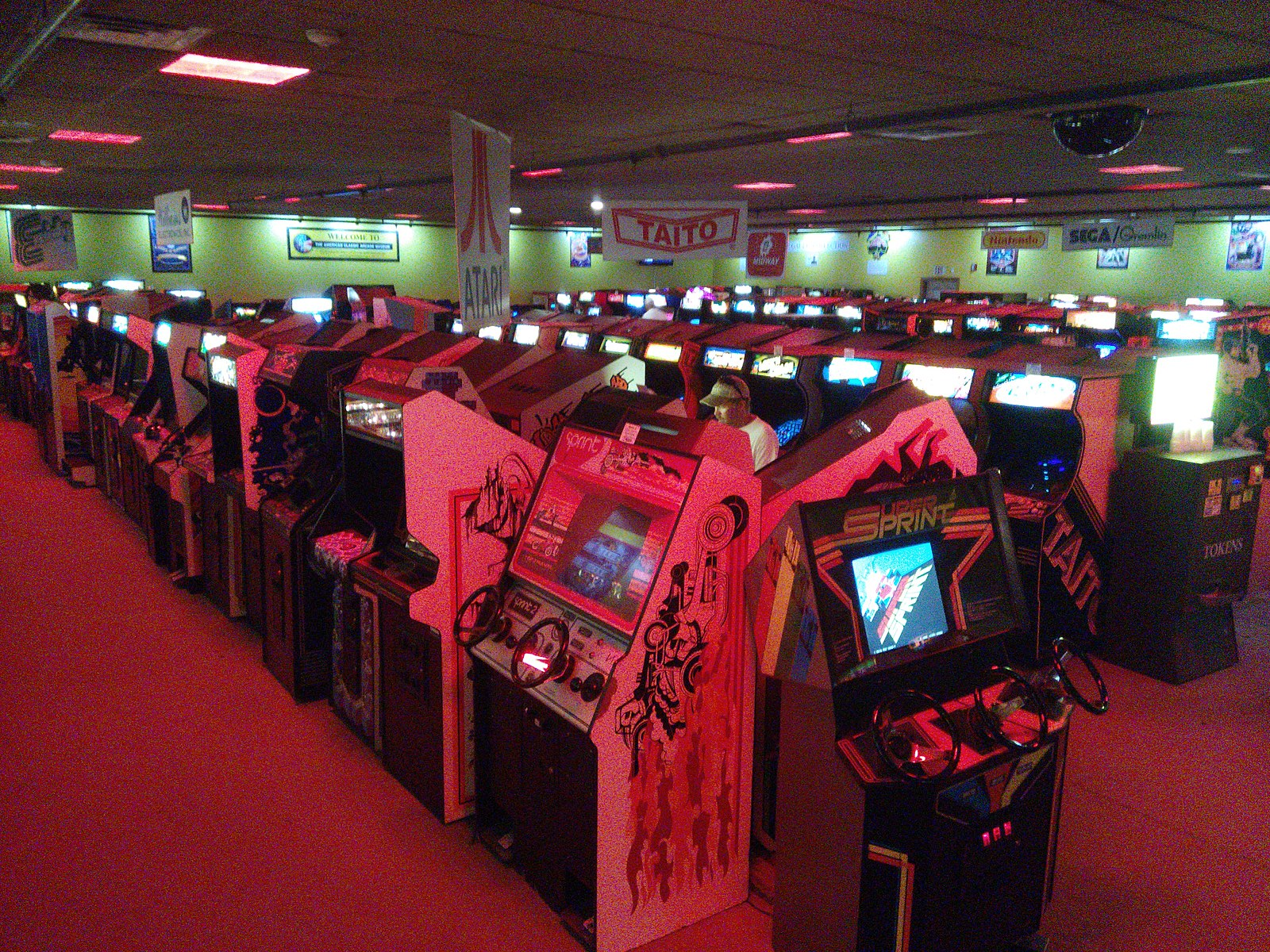 1600px-American_Classic_Arcade_Museum_Interior